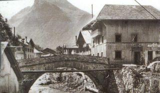 N°7 Le Vieux Pont
